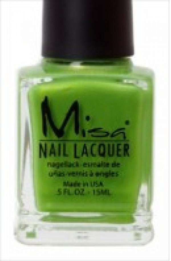 Misa kynsilakka, Let's Go Green